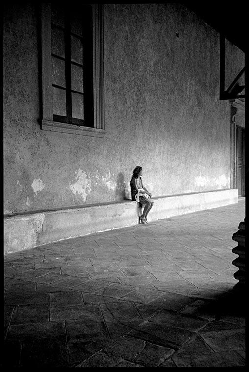 Фотографија: Несразмерност - Ени Кукола